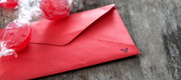 Open Your Red Envelope for Christmas